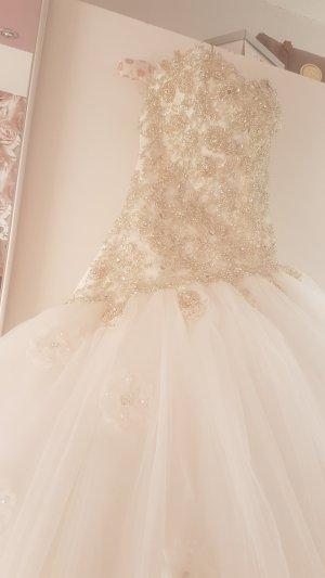 Butik Wedding Dress white