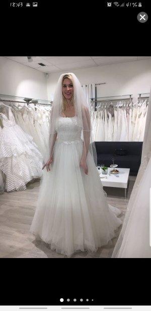 Agnes Wedding Dress natural white