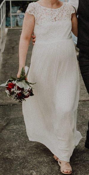 Brautkleid für werdende Mamis