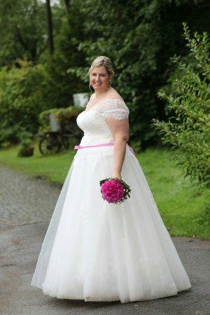 Abito da sposa bianco sporco-rosa