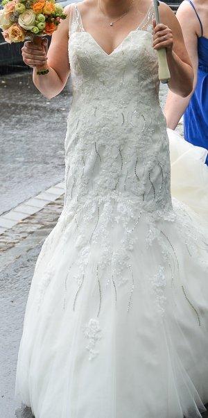 Brautkleid Größe 40 Beautiful by Enzoani