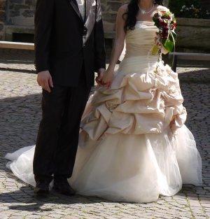 Brautkleid Hochzeitskleid beige Rosen Schleppe 36 Prinzessin