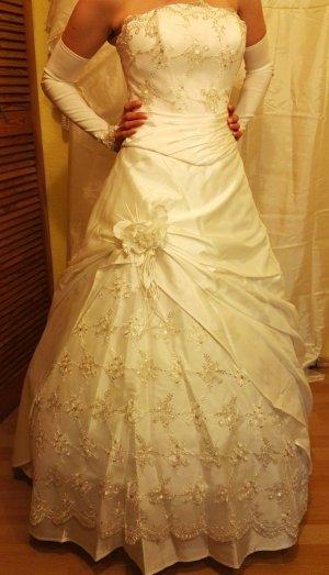 Brautkleid Hochzeitskleid Neu mit Accessoires