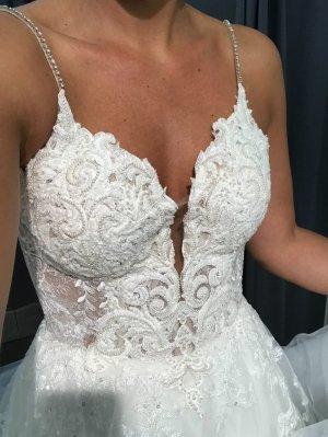 Brautkleid / Hochzeitskleid von Martina Liana