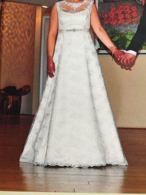 Brautkleid in A-Linie