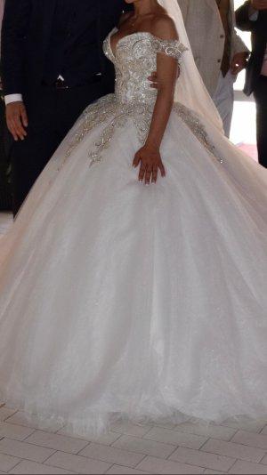 Brautkleid in weiß