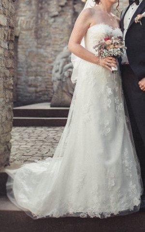 Wedding Dress oatmeal-white