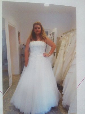 Brautkleid ivory 52( ich trage normal 46)