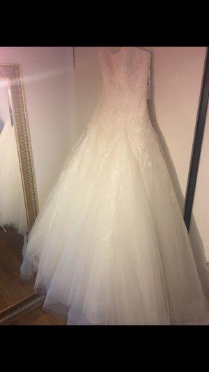Brautkleid Ivory Marke Pronovias SALE