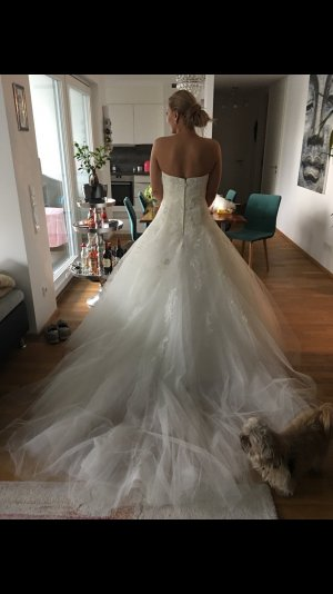 Pronovias Wedding Dress natural white