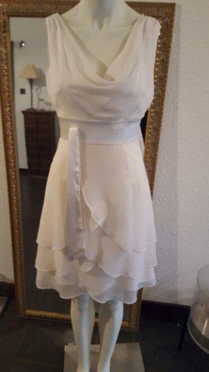 Brautkleid kurz für das Standesamt