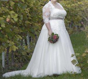 Brautkleid Lohrengel Meira S Größe 52