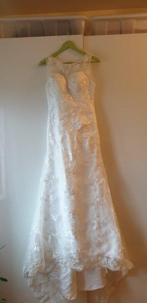 Brautkleid Meerjungfrau Stil mit Spitze