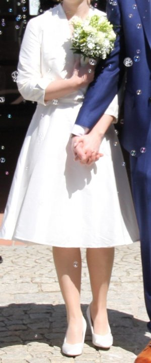 Brautkleid mit Blazer - perfekt für Standesamt