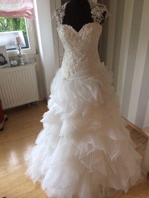 MS Moda Wedding Dress white-cream