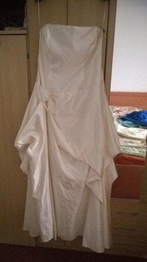 Brautkleid Neu ohne Schleier