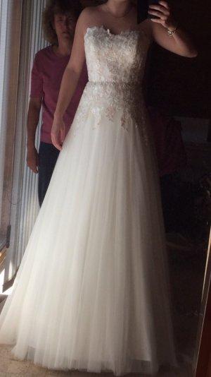 Vestido de novia blanco-nude