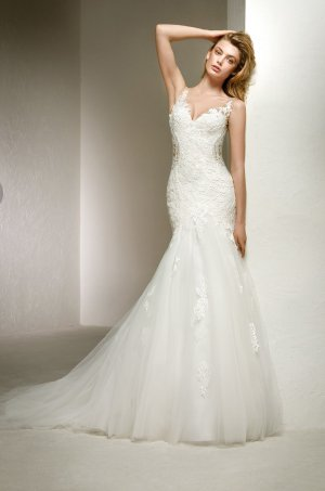 Pronovias Wedding Dress white-natural white