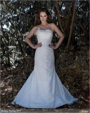 Brautkleid Rembo Styling ivory reine Seide