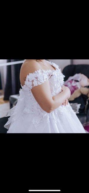 Brautkleid Umstandsbrautkleid