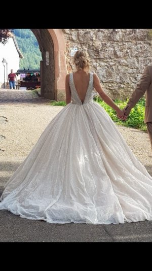 Brautkleid, Verlobungskleid