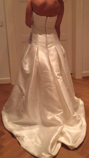 Brautkleid von AIRE Barcelona NEU