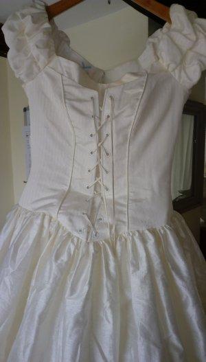 Brautkleid von Cymbeline Paris