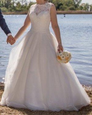 Brautkleid von Diane Legrand 13604 Größe 36 in Ivory
