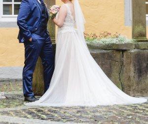 Vestido de novia crema-nude