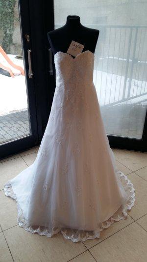 Brautkleid von Lohrengel