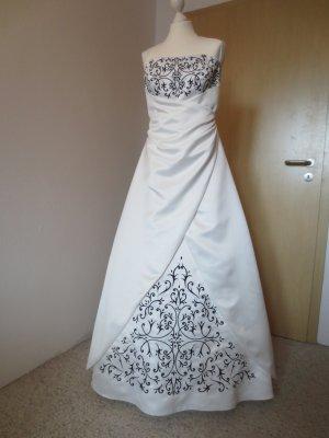 Wedding Dress white-black