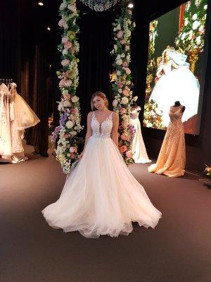 Brautkleid von Solomia