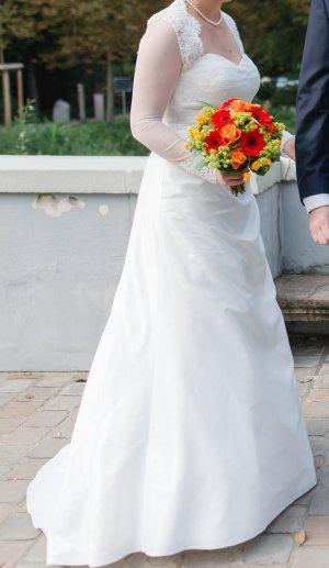 Brautkleid von Trés Chic