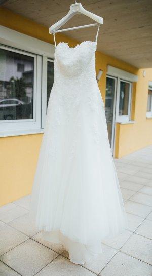 Brautkleid von White One aus dem Haus Pronovias, Größe 36/38