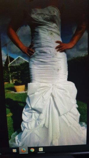 Brautkleid weiss Schleife lässt sich entfernen
