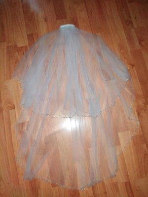 Veil white-silver-colored