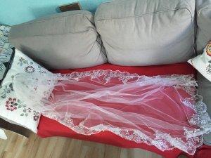 Brautschleier, mit edler Spitze