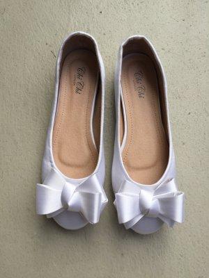 Brautschuhe | Chi Chi London BELLE NEU weiße, ivory Ballerinas 39/40