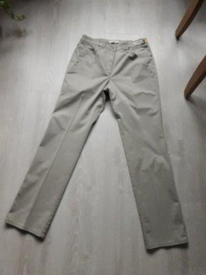 Brax : NEU Hose 38 beige kurz Modell Rosanna Pure