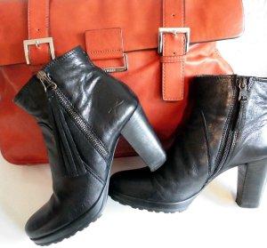 BRAX Stiefelette Leder schwarz