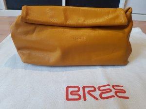 BREE Clutch Simply 8 in der Farbe Safran