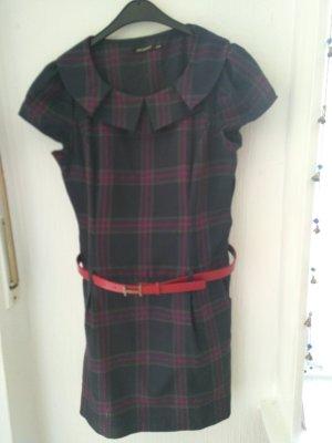 breites Karo Kleid