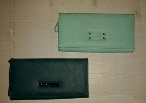 Brieftaschen im Doppelpack