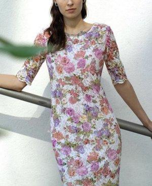 Brigitte Büge wunderschönes Designer Kleid Gr. 38 mit Spitze und Stickerei
