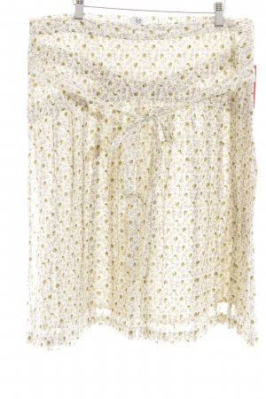 Brigitte von Boch Plaid Skirt flower pattern casual look
