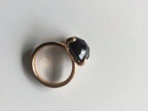 Bague incrustée de pierres noir