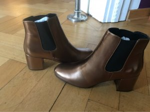 Another A Chelsea Boots bronze-colored