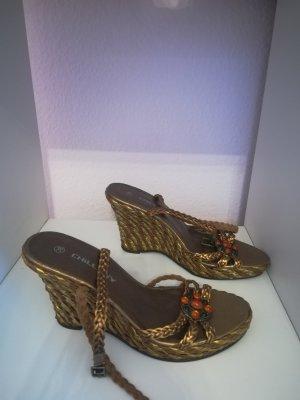 Sandalias de tacón de tiras color bronce