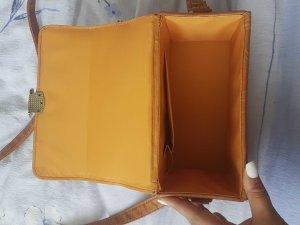 bronzefarbene Tasche der Marke Atmosphere