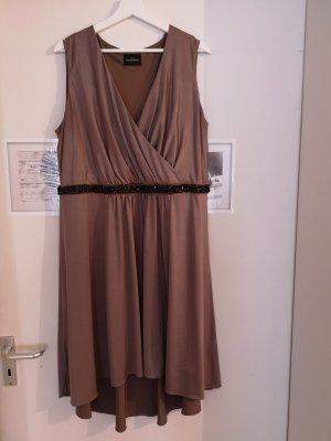Bronzefarbenes Plussize Kleid